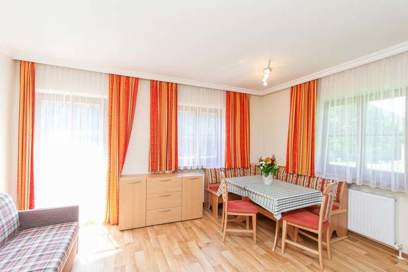 ferienwohnung rier waidring steinplatte in waidring tirol gottfried rier. Black Bedroom Furniture Sets. Home Design Ideas