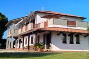 Casa Bella Cona, Oleandri