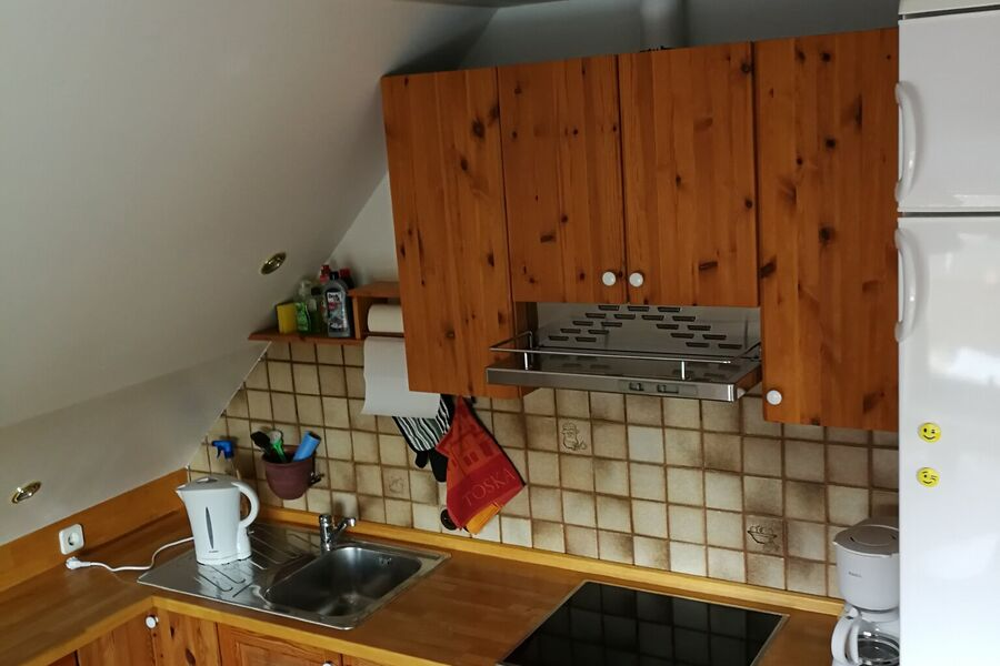 Einbauküche mit Essecke