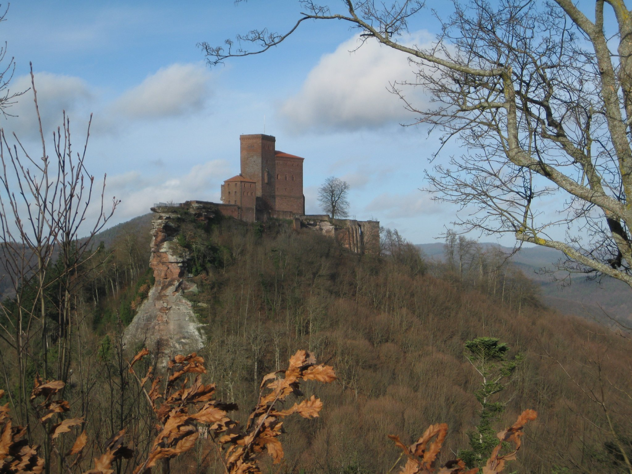 """Stauferburg """"Trifels"""" bei Annweiler"""
