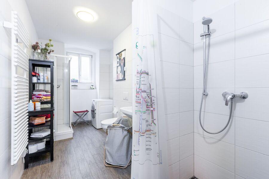 Bad mit 2 Duschen