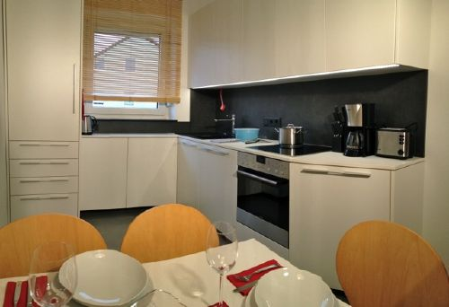 ferienwohnung haunstetten in augsburg bayern franz hauser und ralph dulner. Black Bedroom Furniture Sets. Home Design Ideas