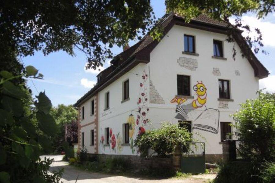 """Das 5-Sterne-""""Buchhaus VIER""""."""