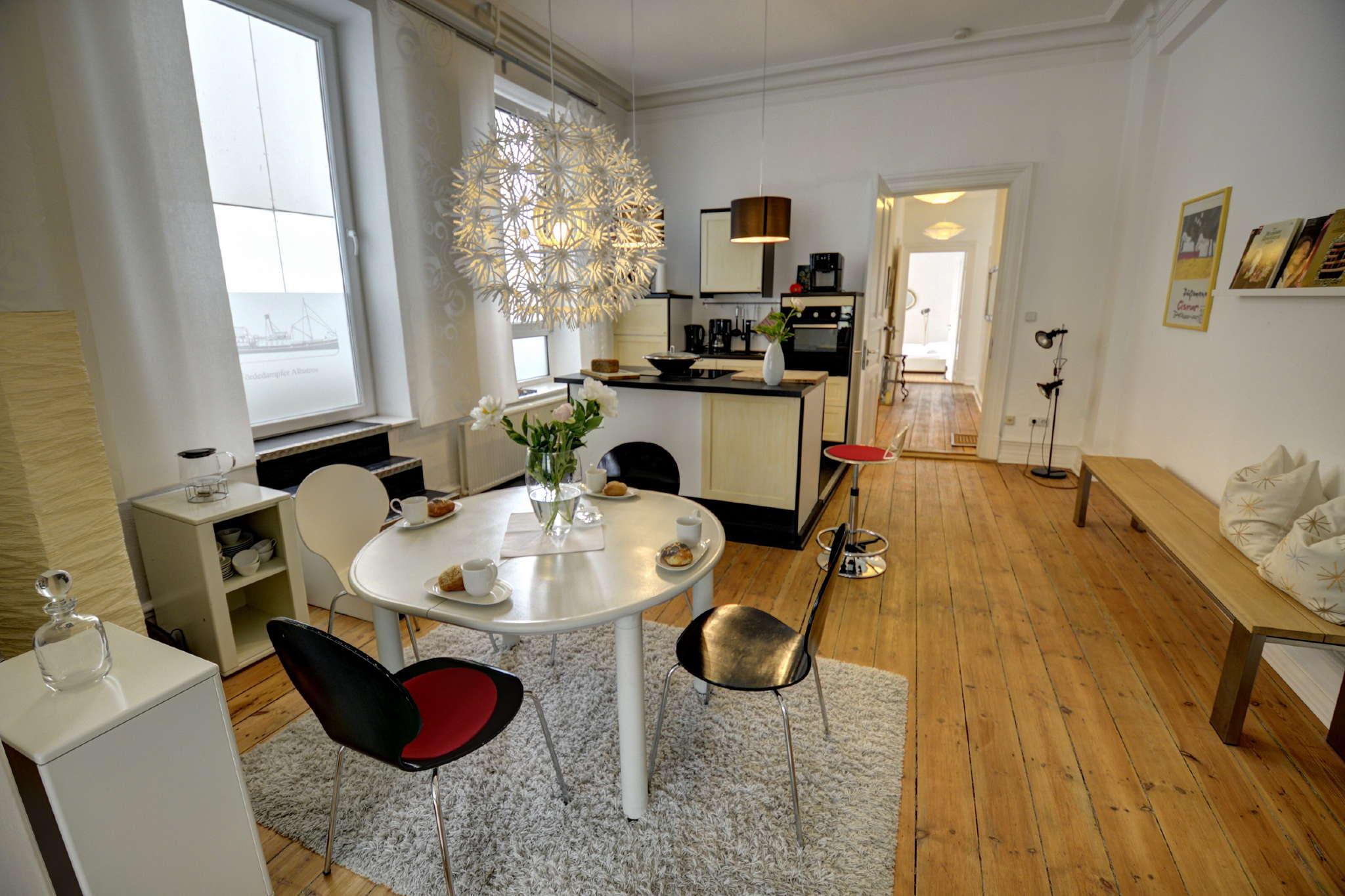 ferienwohnung albatros klein in flensburg schleswig holstein g nter blankenagel. Black Bedroom Furniture Sets. Home Design Ideas