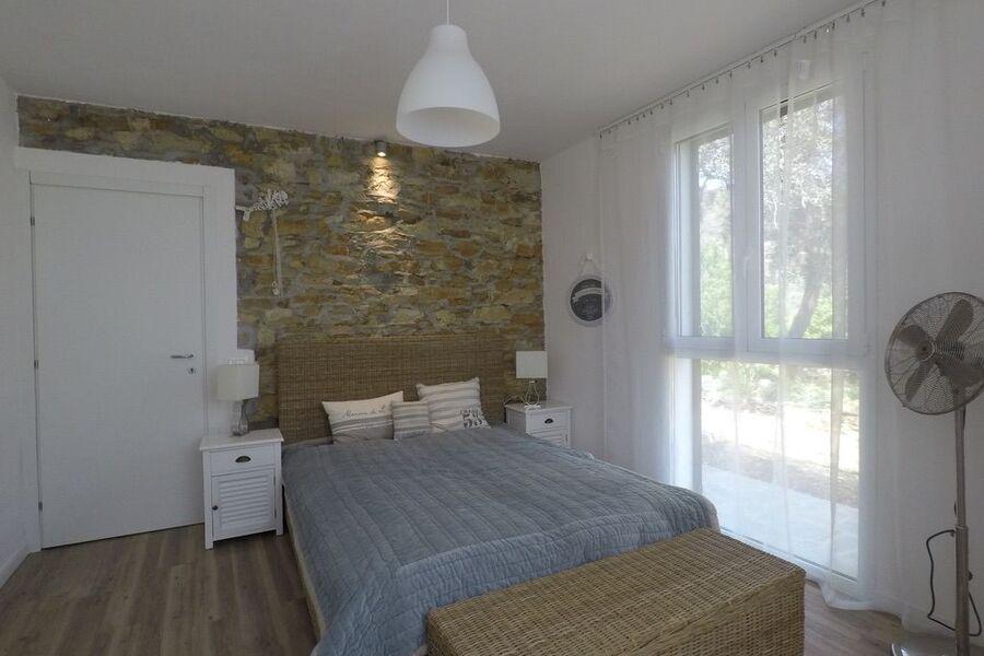 Schlafzimmer im neuen Anbau unten