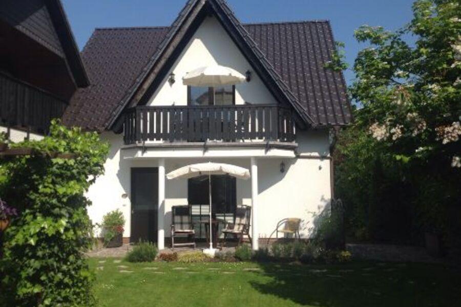 Gartenansicht, Fewo 1 im EG mit Terrasse