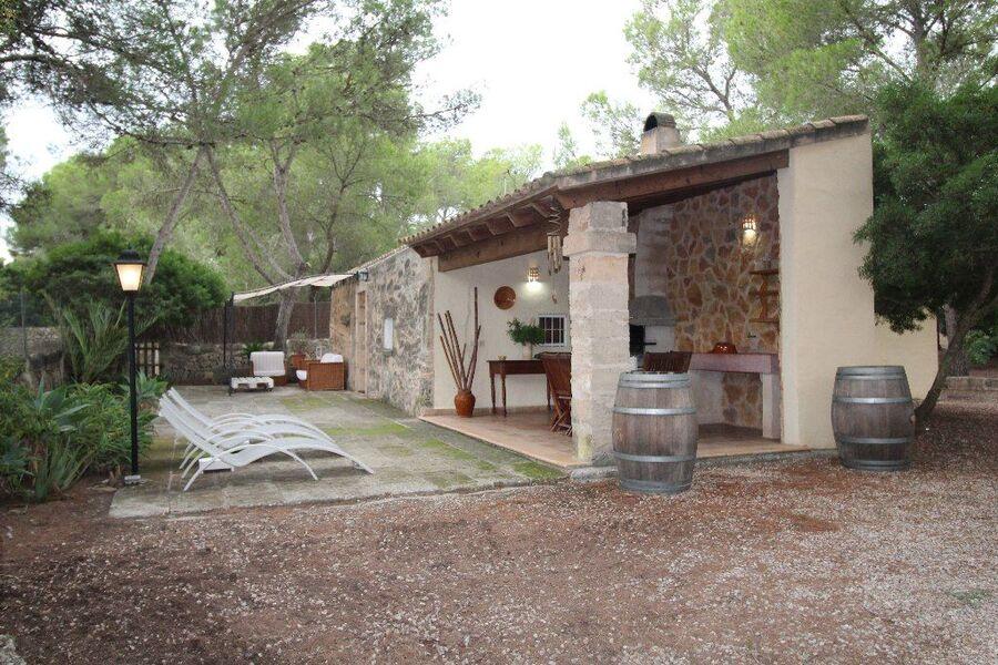 Terrasse mit Aussenküche
