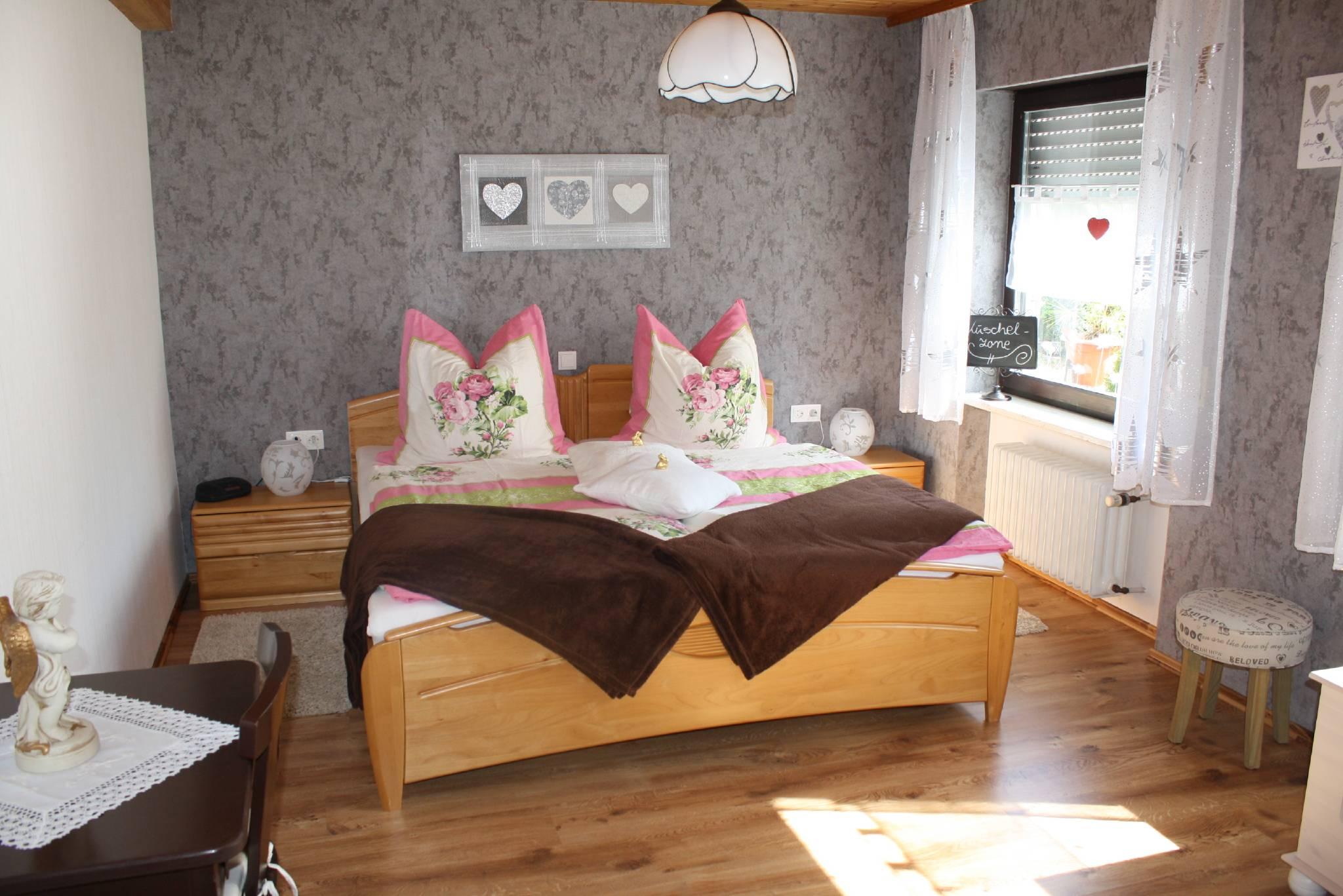 ferienwohnung leipold in segnitz bayern helmut und monika leipold. Black Bedroom Furniture Sets. Home Design Ideas