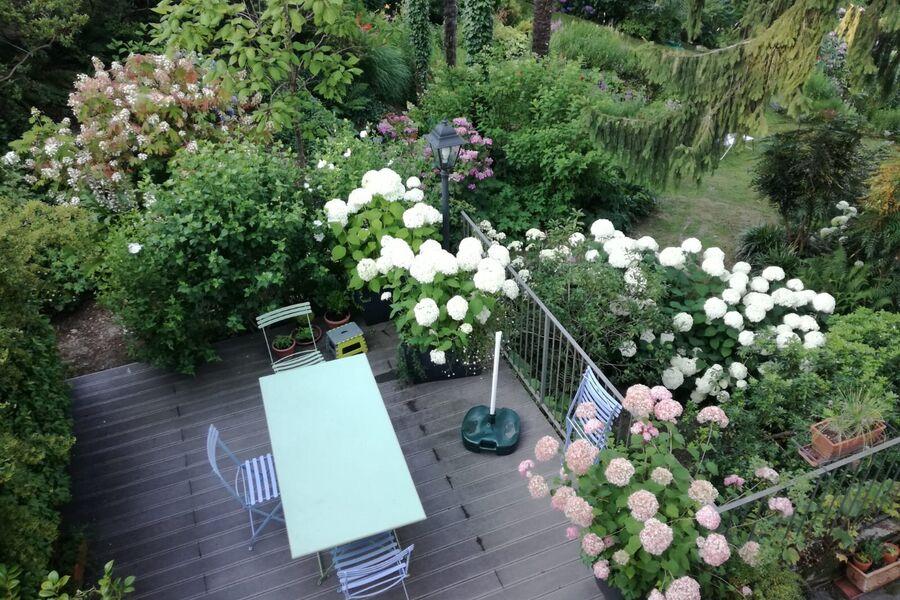 Blick vom Schlafzimmer zur Terrasse