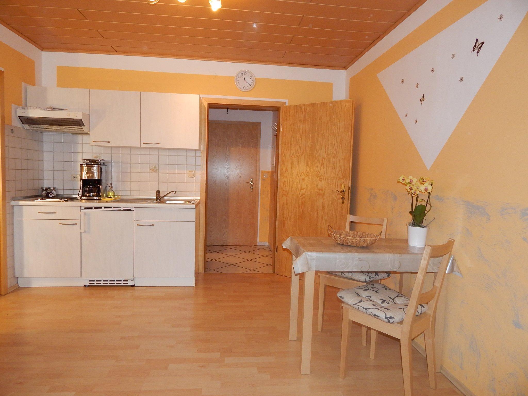 ferienwohnung stark wohnung 6 50 qm in kelheim bayern wolfgang stark. Black Bedroom Furniture Sets. Home Design Ideas