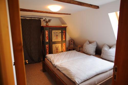 pension zum rundling ferienwohnung eva in pirna sachsen. Black Bedroom Furniture Sets. Home Design Ideas
