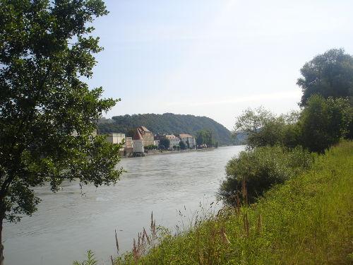 Blick auf den Inn zum Dreiflüsse-Eck