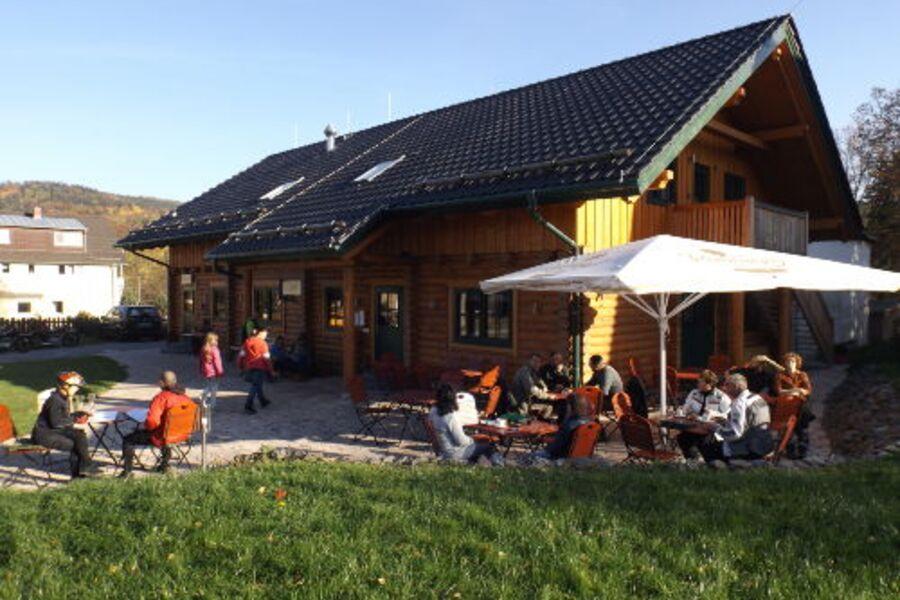 Blockhauscafé mit Hofladen und 2 Fewo