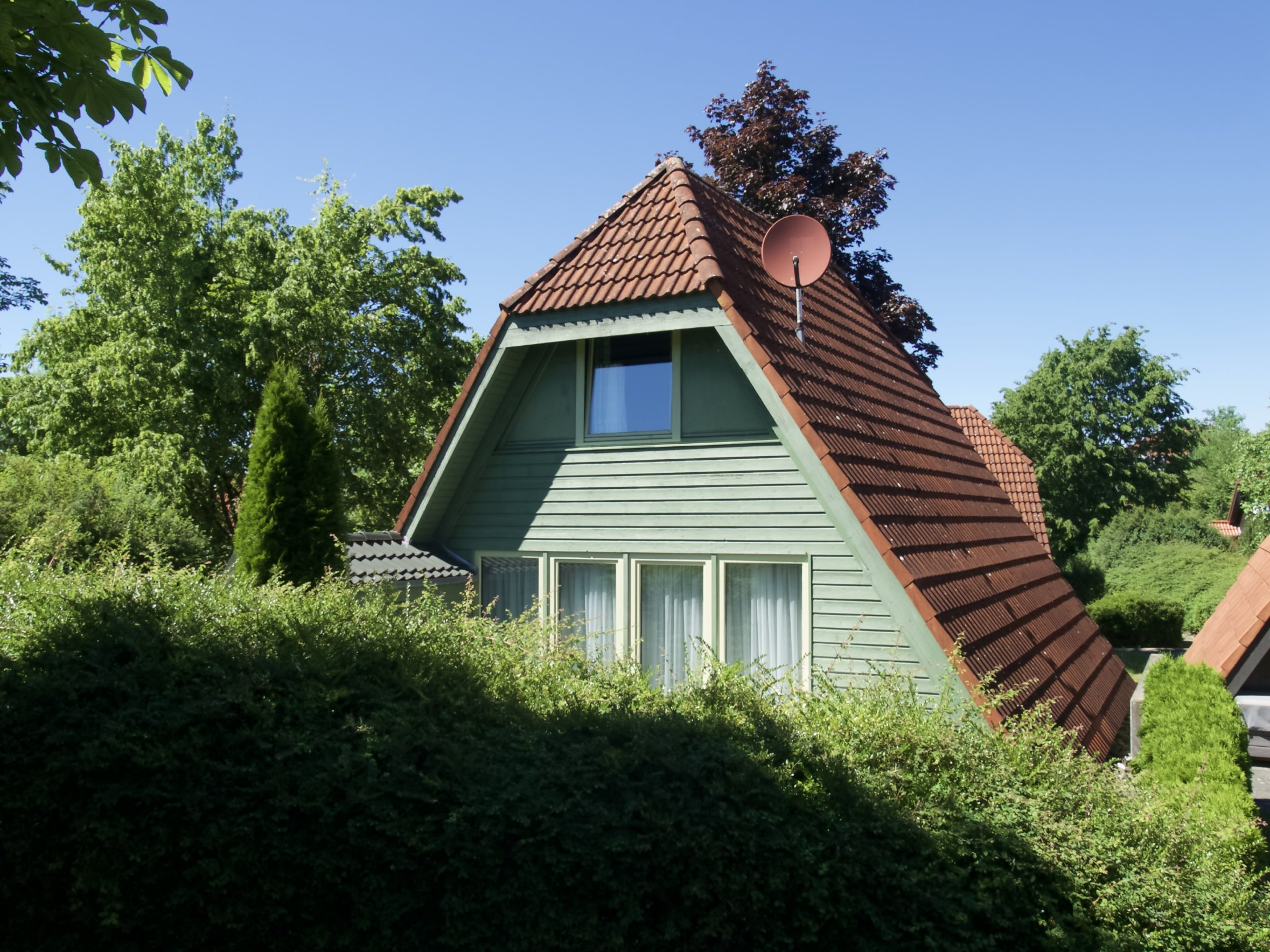 ferienwohnpark immenstaad nurdachhaus in immenstaad am. Black Bedroom Furniture Sets. Home Design Ideas