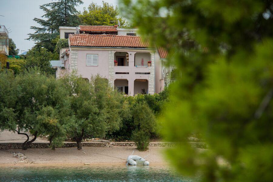 Villa Polajner mit 4 Ferienwohnungen