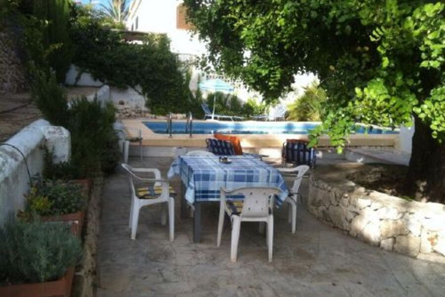 Sitzplatz am Pool