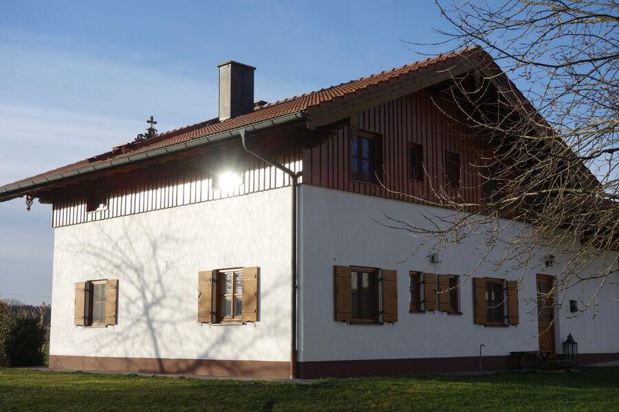 Südseite Haus und Terrasse