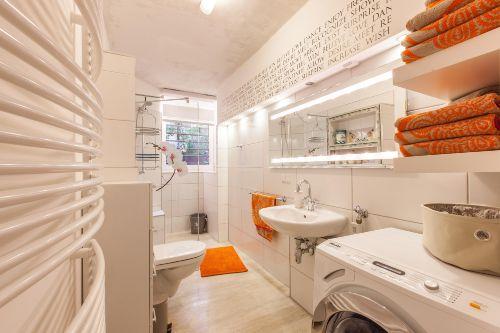 bonita casa souterrain in berlin friedrichshain kreuzberg. Black Bedroom Furniture Sets. Home Design Ideas