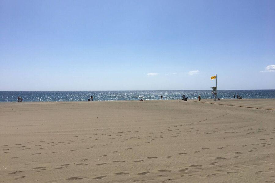 Weitläufiger Sandstrand Playa La Rada