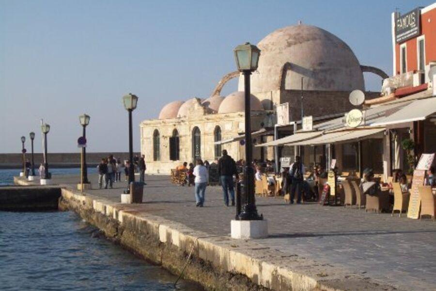 Venezianischer Hafen mit Moschee