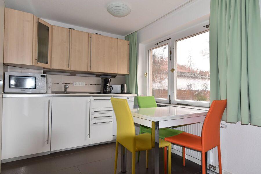 Kleine Küche & super leiser Kühlschrank