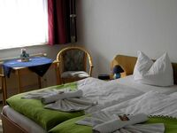 Pension Dünenhaus, Mehrbettzimmer 203 in Zempin (Seebad) - kleines Detailbild