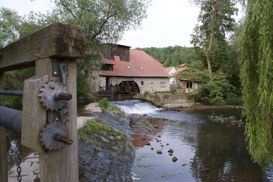 historische Mühle in der Nähe