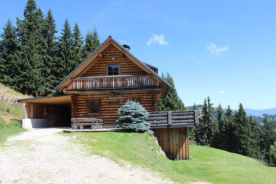 Die Geierkogelhütte auf der Primusalm