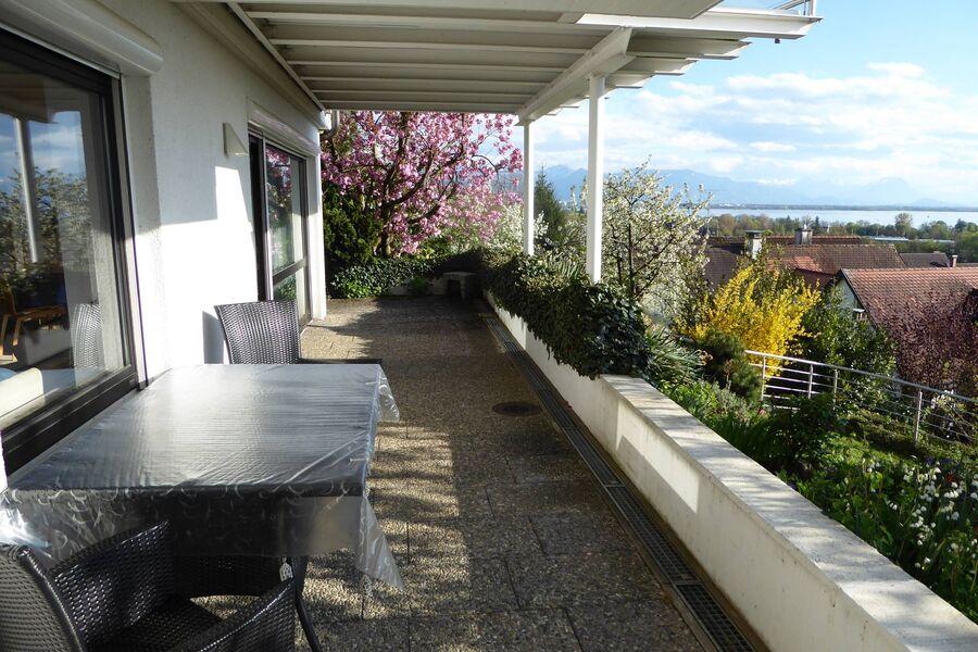 Terrasse Ferienwohnung zum Garten/See