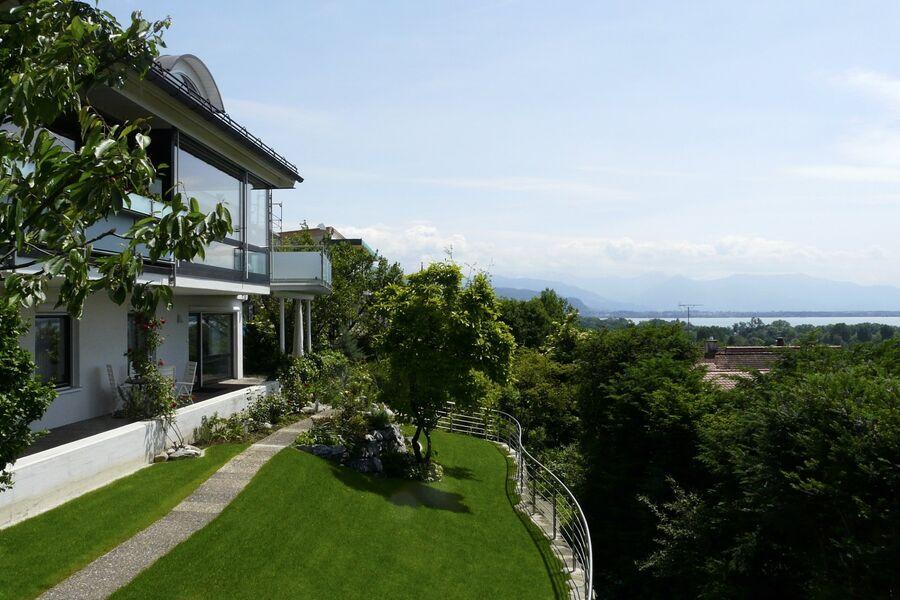 Blick von der Terrasse nach Vorarlberg