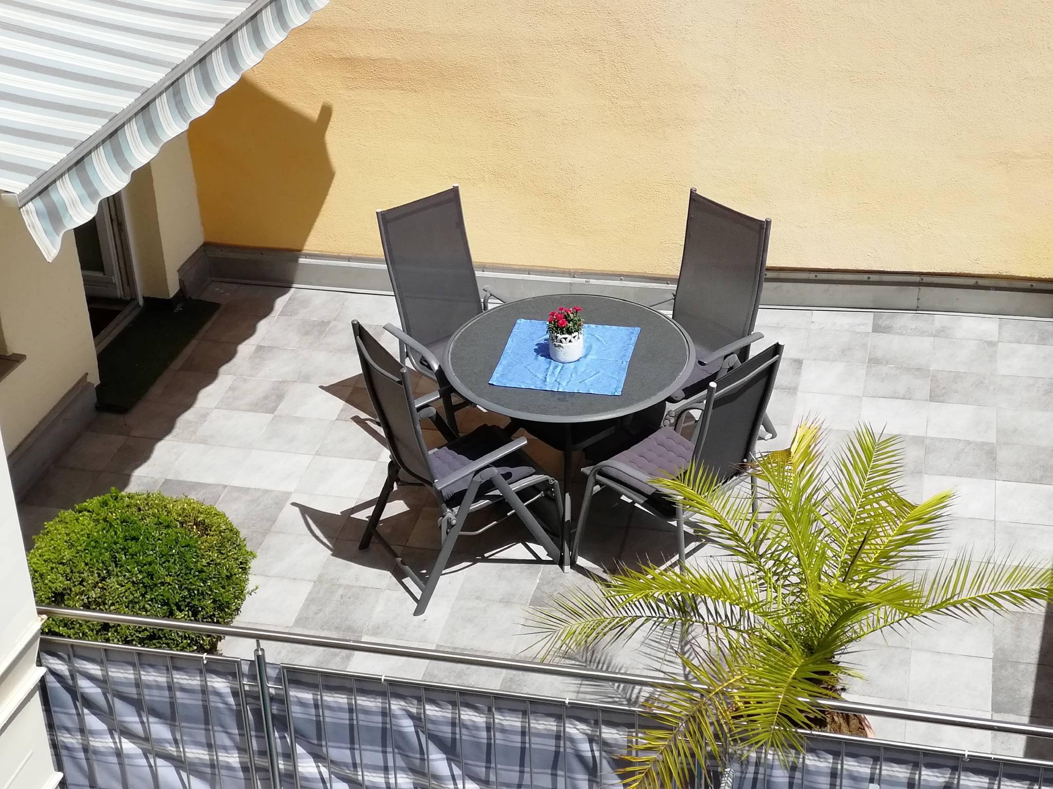 Kleiner Kühlschrank Terrasse : Ferienwohnung anita terrasse in lindau bayern