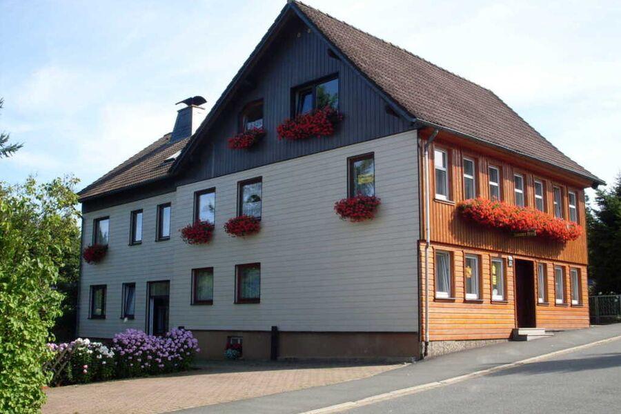 Blick auf das Gästehaus Ehrenberg