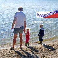 Vermieter: Gerard mit Enkelkinder am Markermeer