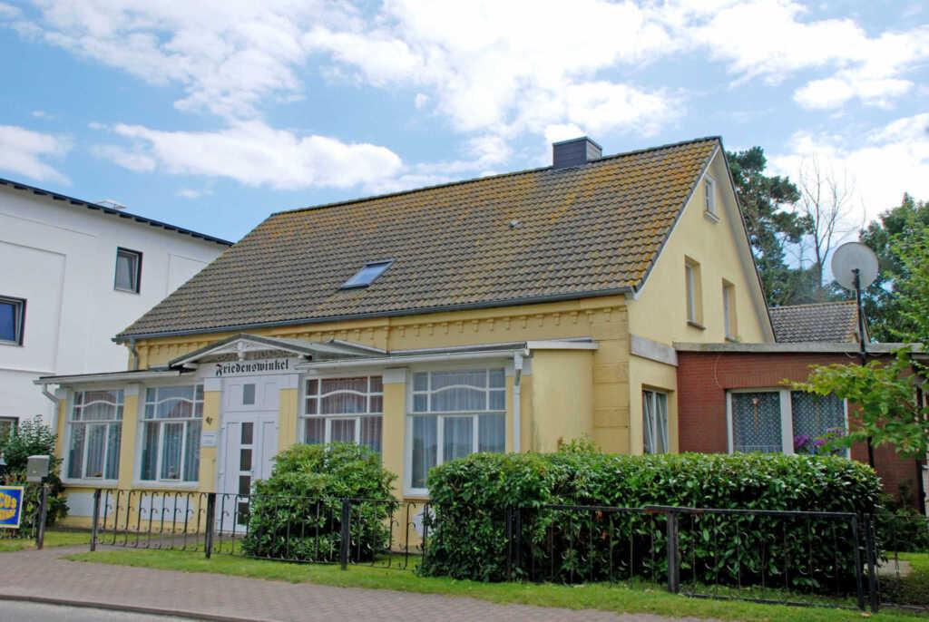 Ferienwohnungen im Haus Friedenswinkel, 02 Ferienwohnung 'Backbord'  mit Terrasse