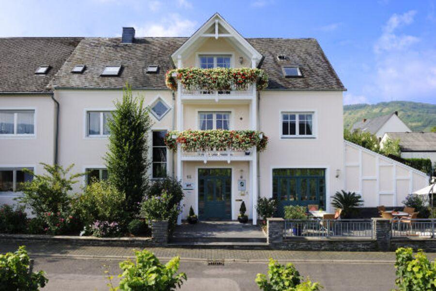 "Willkommen im Gästehaus ""St. Maximin"""