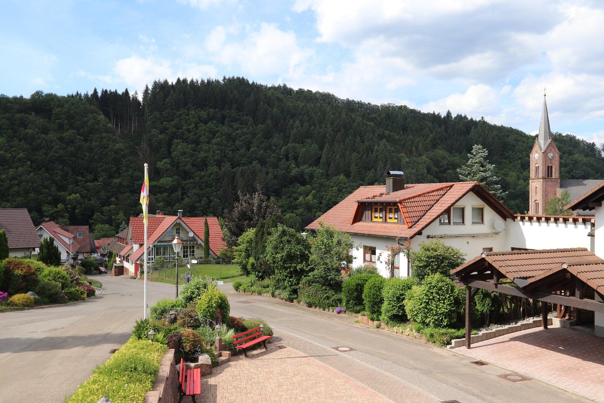 ferienhaus landhaus in oberharmersbach baden w rttemberg pfundstein. Black Bedroom Furniture Sets. Home Design Ideas