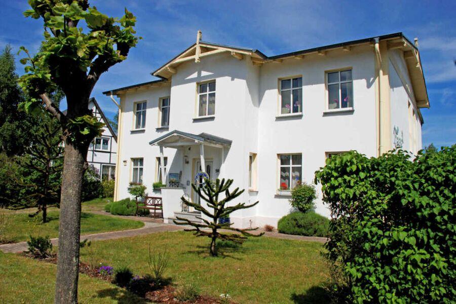 großräumige Ferienwohnungen im Ostseebad Baabe, Fe