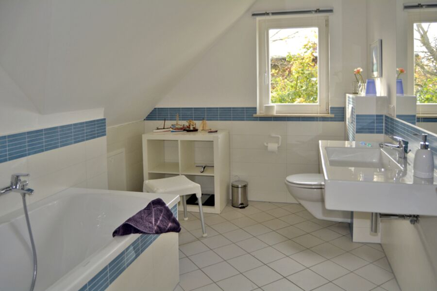 Reetdachhaus im Fischerdorf, Haushälfte 1