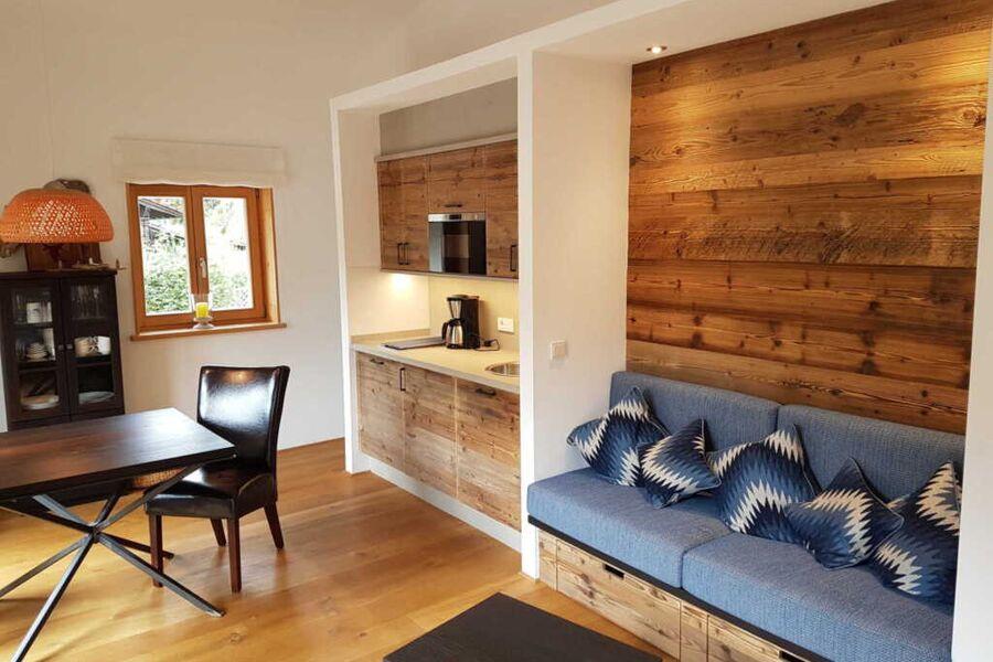 Küche, Esstisch und Sitzecke