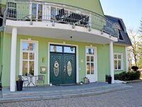 Gutshaus-Appartements mit Kamin, Sauna und Außenpool *****, Ferienappartement Polarstern in Garz auf Rügen - kleines Detailbild