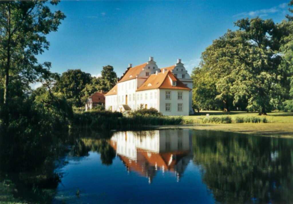 Gutsanlage Boldevitz- Ferienhaus GbR, Herrenhaus Wohnung 1