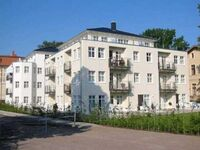 Villa Aquamarina, 1. REIHE, tw. SEEBLICK, LIFT, P-TG, Villa Aquamarina Whg. 12, BALKON, FAHRSTUHL in Ahlbeck (Seebad) - kleines Detailbild