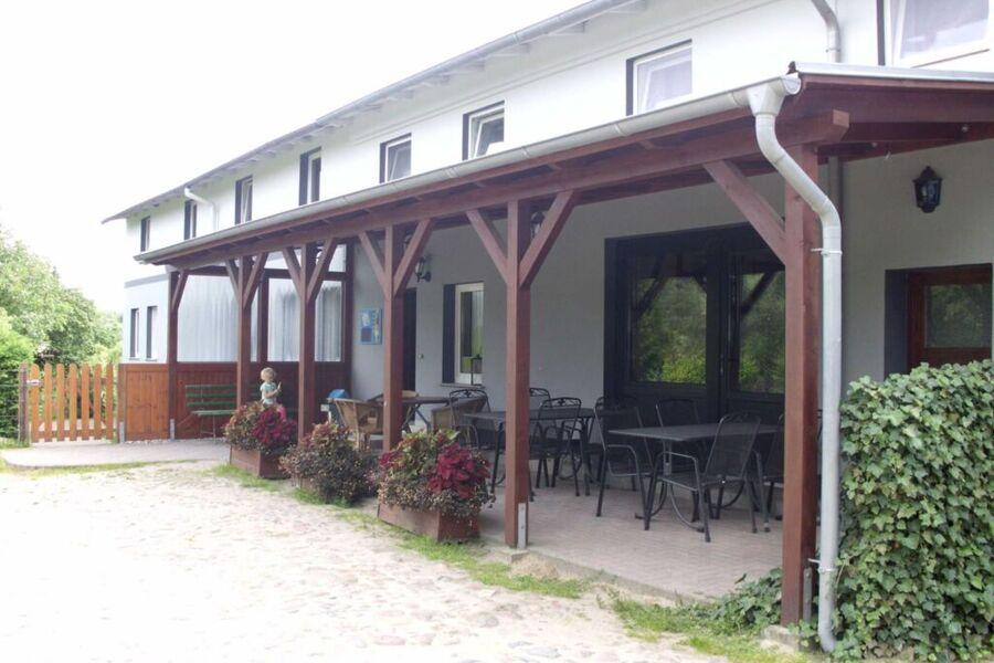 Landgasthof mit Imbiss und Ferienwohnungen