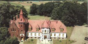 *4 sehr komfortable Ferienwohnungen im Schloß Peckatel*, Ferienwohnung 'Flieder' in Peckatel - kleines Detailbild
