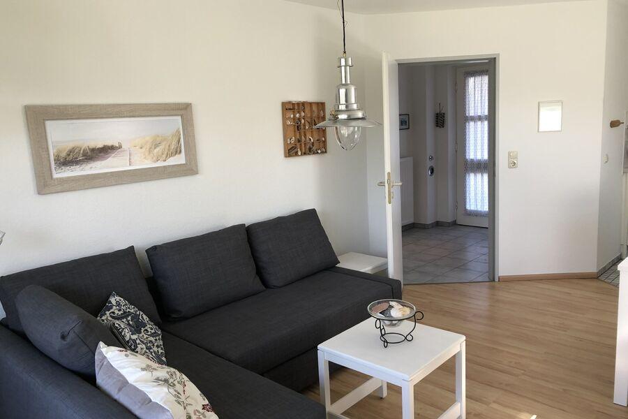 Das helle, freundliche Wohnzimmer...