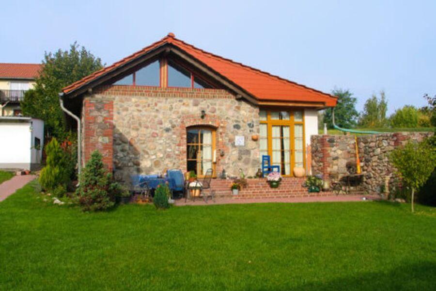Außenansicht Terrasse Haus 1