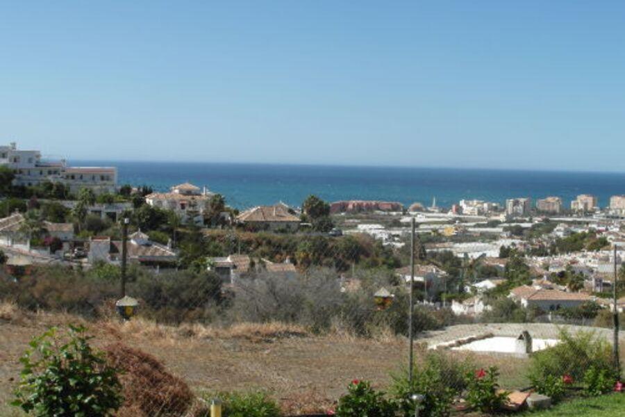 Blick über Torrox Costa auf das Meer