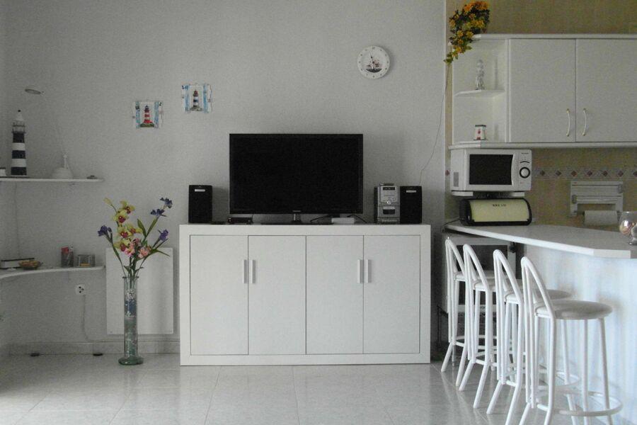 Wohnzimmer mit amerikanischer Küche
