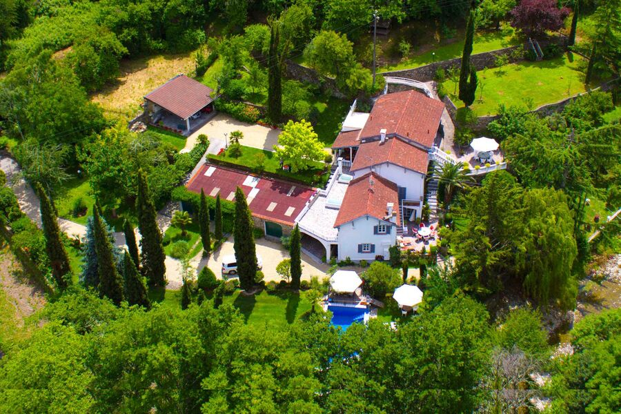 Landhausvilla Bassanico