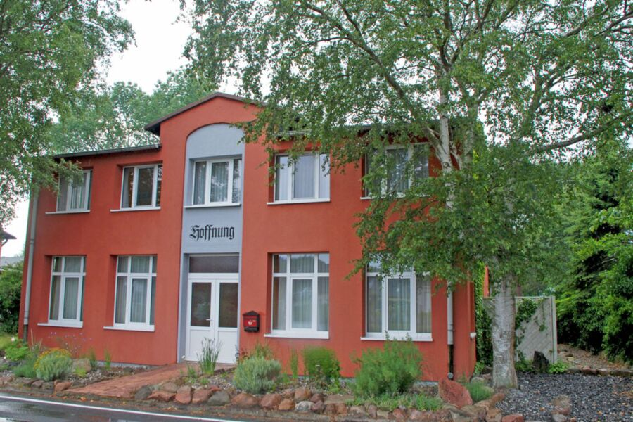 DEB 009 Appartementhaus auf Mönchgut